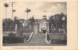 LA REUNION - Saint Denis / Hôtel Du Gouvernement - Léger Défaut - Réunion