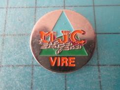 Pin1116c Pin's Pins : Rare Et Belle Qualité VILLES / VIRE CALVADOS MJC MAISON DES JEUNES ET DE L'INCULTURE - Città