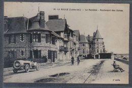 Carte Postale  44. La Baule  Le Remblai  Boulevard Des Dunes Voiture  Trés Beau Plan - La Baule-Escoublac