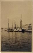 Photo Cp Curaçao, Blick Auf Den Hafen, Segelboote, Café Suiza - Venezuela