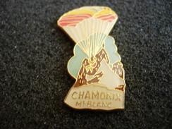 PIN´S PARAPENTE CHAMONIX MT BLANC - Parachutting