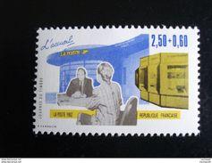 Timbre France - Année 1992 - Journée Du Timbre - L'accueil La Poste Y.T. 2743 - Neuf - Frankrijk