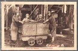 Série Des Mineurs . 7 . Trieuses De Charbon . - Mines
