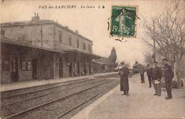 Bouches Du Rhone, Pas Des Lanciers, La Gare   (bon Etat) - Autres Communes