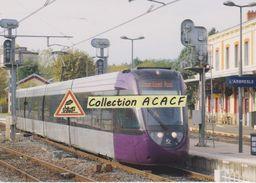 Tram-train Dualis Alstom, à L'Arbresle (69) - - L'Arbresle