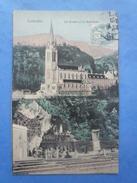 65-LOURDES La Grotte Et La Basilique , Animée , Circulée En 1906 - Heilige Plaatsen