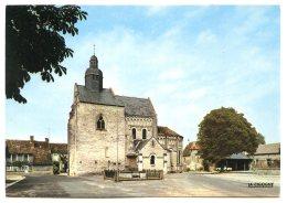 36500 SAINT-GENOU - Lot De 2 CPM - La Place Et L'église - La Lanterne Des Morts Du XIIe Siècle - France