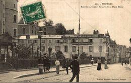 BOURGES RUE DES ARENES ET SQUARE DE LA PLACE BERRY - Bourges