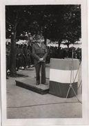 Photo Originale THANN Fêtes De La Libération 30 Juin1945 Militaria Discours Général 5 étoiles  à Identifier - Krieg, Militär