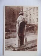 Charles Marville  - Vespasienne  Pissotière Urinoir Public - Rue Faubourg Saint Martin -   Musée Carnavalet Collection - Bâtiments & Architecture