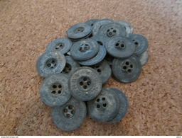 12 WW1 US Army Shirt And Pants Buttons - 1914-18