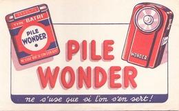 France Buvard  Pile Wonder ( Pliure ) 21 Cm X 13,5 Cm - Accumulators
