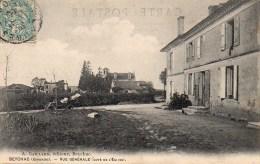 33 BEYCHAC  Vue Générale (côté De L'Eglise) - France