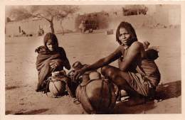TCHAD - Ethnic H / Milk Seller - Tchad