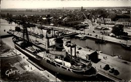 14 - OUISTREHAM - RIVA-BELLA - Bateau - Cargo - Port - Ouistreham