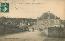 53: La Pallu : Une Rue - France