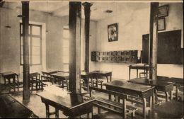 19 - TULLE - Ecole Militaire - Caserne - Salle De Classe - Tulle
