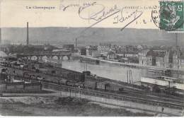 51 - EPERNAY : La Marne Et La GARE ( Ou Dépôt Ferroviaire En 1er Plan ) - CPA -  Marne - Epernay