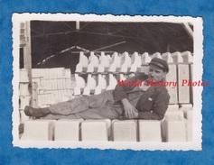 Photo Ancienne - SELLES Sur CHER - Portrait D'un Garçon Pose Sur Des Lavabos - 1934 - Ouvrier Worker Work Travail - Beroepen