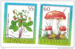 Latvia Lettland 2009 Wealth Of Forest Mushroom Russula,Wild Strawberry   Used Stamps Full Set (o) - Latvia