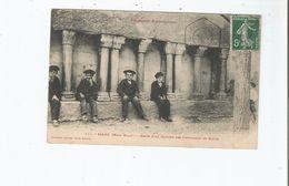 SALAU (HAUT SALAT) 171 RESTE D'UN CLOITRE DES CHEVALIERS DE MALTE (ENFANTS AUX BERETS ASSIS) 1908 - Francia