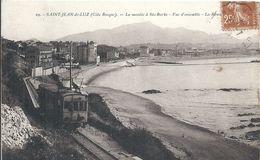 PYRENEES ATLANTIQUES - 64 - SAINT JEAN DE LUZ - La Montée à Sainte Barbe- Vue D'ensemble - Présence Du Train - Stations With Trains