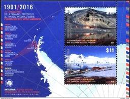 ! ARGENTINE / ARGENTINA: Antarctic Treaty / Polar Bases / Environmental Protection (2016) MNH S/Sheet / Neuf Bloc *** - Argentina
