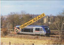 Autorail X 73738 (TER Rodez-Millau), à Montrozier (12) - - France