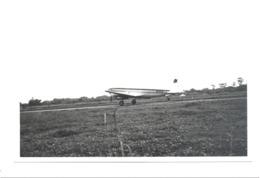 Photo Carte  (  +/- 11 X 15 Cm) Avion D'une Compagnie Aérienne Peut-être Africaine - Congo ???   (b207) - Aviazione