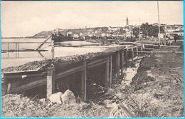 WW1 - BEOGRAD ... Napusteni Srpski Obrambeni Polozaji . U Pozadini Beograd ( Serbia ) * Real Photo - Serbia