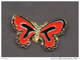 Mi2 Milan Farfalla Rossonero Calcio Pins Soccer Club Pin´s FootBall Italy Milano Butterfly Papillon - Calcio
