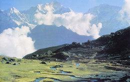 NEPAL - COLOUR PICTURE POST CARD - PEAKS OF HIMALAYA - MANASALU - TRAVEL / TOURISM / MOUNTAINEERING - Nepal