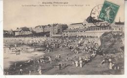 Biarritz  La Grande Plage à Marèe Basse - Biarritz