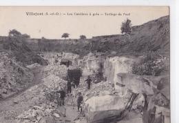 Villejust - Les Carrières à Grès - Taillage Du Pavé - France