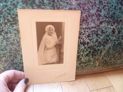 PHOTO ANCIENNE PHOTOGRAPHIE PIERRE PETIT UNE COMMUNIANTE 1928 - Personnes Anonymes