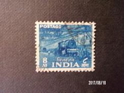 Inde - Locomotive - Trains
