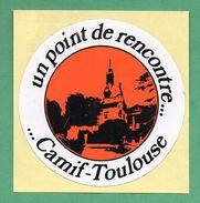 CAMIF TOULOUSE : UN POINT DE RENCONTRE / AUTOCOLLANT - Autocollants