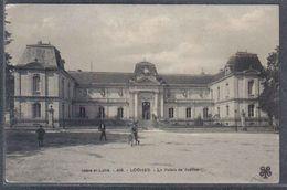 Carte Postale  37. Loches  Le Palais De Justice Trés Beau Plan - Loches