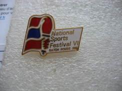 Pin's Du Festival VI National Des Sports à Baton Rouge En 1985 ( Capitale De L'État De Louisiane, Aux États-Unis) - Swimming