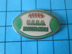 Pin615d Pin´s Pins / Beau Et Rare : SPORTS / RUGBY BALLON OVALE USBC BELLEGARDE - Rugby