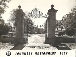 CPSM Jambville Camp National Des Scouts De France - Le Château Face Nord Et Entrée - Autres Communes