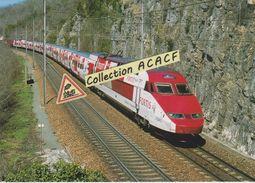 Rame TGV Thalys 4532 En Livrée Publicitaire FORTIS, Près De Culoz (01) - - Trains