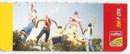 NIGER PREPAYEE PREPAID CARD CELTEL 2004 NIAMEY TRES RARE 200 CFA FILLE GIRL RAGAZZA MAID - Niger