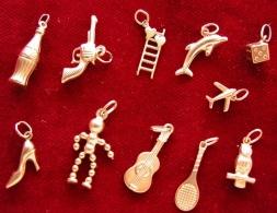 Ciondoli Charms  Antichi Vintage In  Gold Oro 9  Karati  (375) - Pendenti