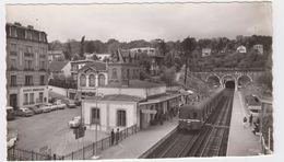 Ville D'Avray. La Gare De Sèvres-Ville D'Avray - Ville D'Avray