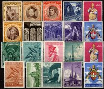 VATIKAN 1946-1960  Lot 20 Verschiedene Mit Komplettem Satz   */MH - Vatikan