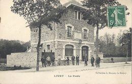 CPA Livry-Gargan La Poste - Livry Gargan