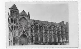 CHALONS SUR MARNE - N° 11 - LA CATHEDRALE - VUE EXTERIEURE COTE NORD - LES ARCEAUX - FORMAT CPA NON VOYAGEE - Châlons-sur-Marne