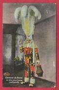 Binche - Le Carnaval - Un Gille Jettant L'orange Traditionelle - 1940 ( Voir Verso ) - Binche