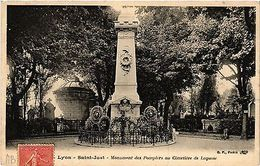 CPA LYON Saint Just-Monument Des Pompiers Au Cimetiére De Loyasse (442525) - France
